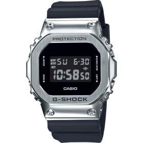 Casio G-Shock férfi karóra GM-5600-1ER
